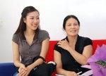 Ngo Phuong Lan & mom