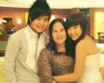 Wanbi, mom, sister