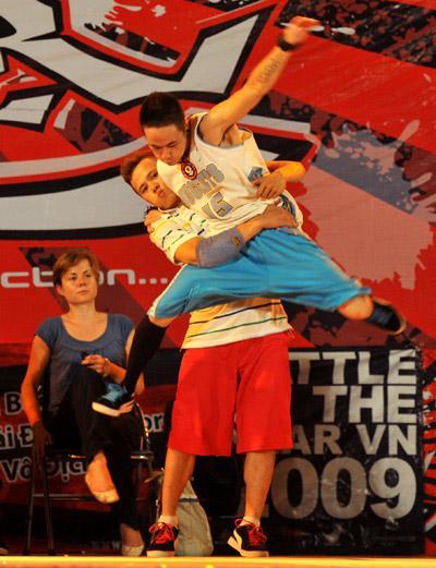 vietnam breakdance crew