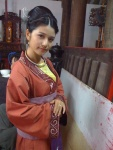 Mai Chi (LaLa from BoTu10a8) as princess Thuận Hoa (Tran Thu Do's wife later on)