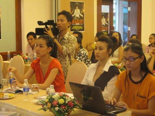 ngo kien huy press conference