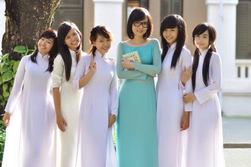 School uniform of Vietnamese students